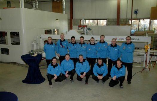 Foto's feestelijke opening timmerfabriek Volendam
